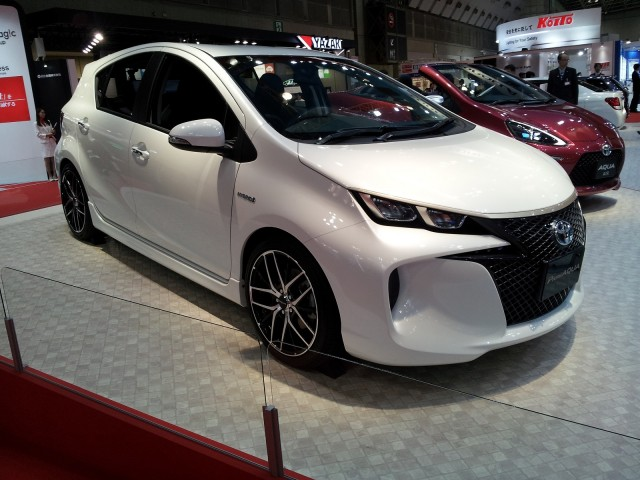 Toyota PremiAqua Concept (Prius C) at 2013 Tokyo Motor Show