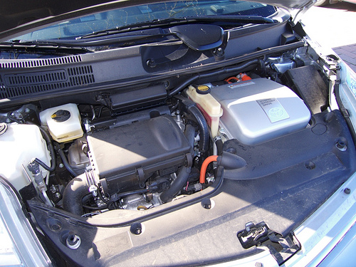 Toyota Prius engine bay by Flickr user indigoprime
