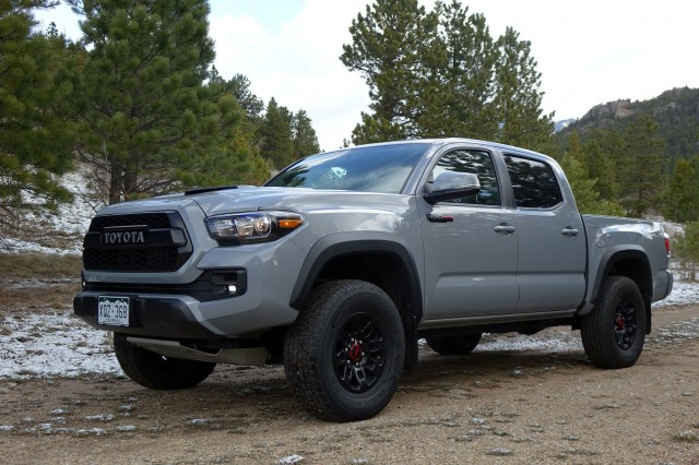 2017 toyota tacoma trd pro first drive review the everyman 39 s raptor. Black Bedroom Furniture Sets. Home Design Ideas