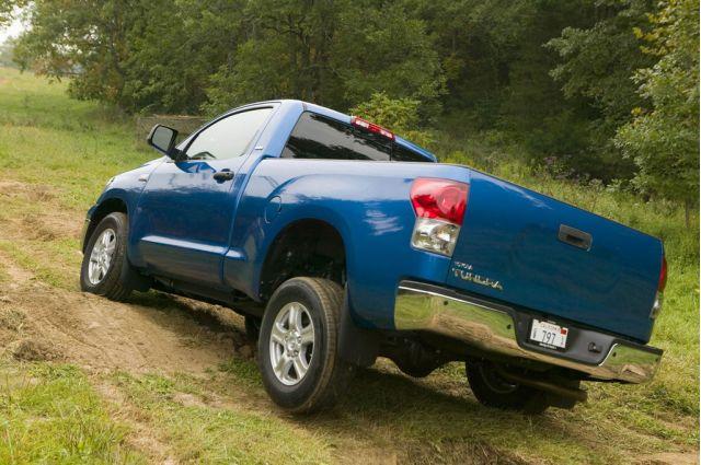 toyota gives hybrids testosterone plans hybrid tundra pickup autos post. Black Bedroom Furniture Sets. Home Design Ideas