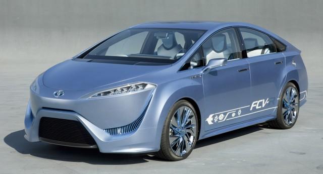 2011 Toyota FCV-R Concept