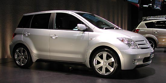 Toyota ist 2001 tokyo concept