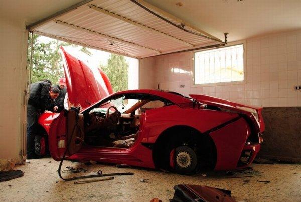 Tunisian Rioters destroy Ferrari California