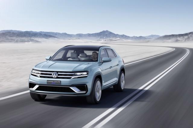 Volkswagen Cross Coupe GTE concept, 2015 Detroit Auto Show