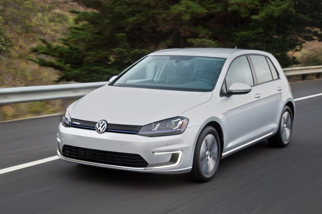 Volkswagen e-Golf Touch - 2016 Consumer Electronics Show