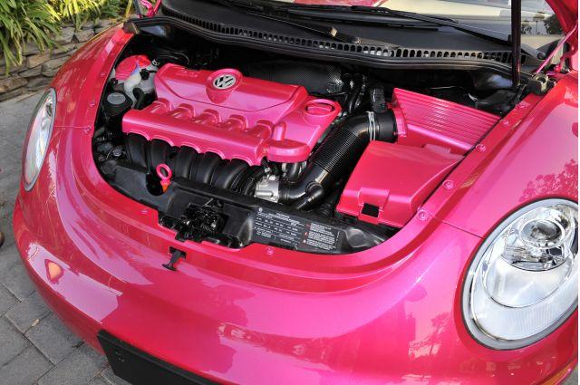 Volkswagen Malibu Barbie New Beetle convertible