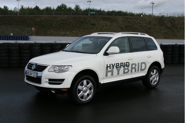 Volkswagen Touareg Hybrid development prototype, October 2009