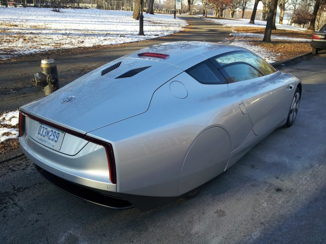 Volkswagen XL1 (European model), New York City, Dec 2013