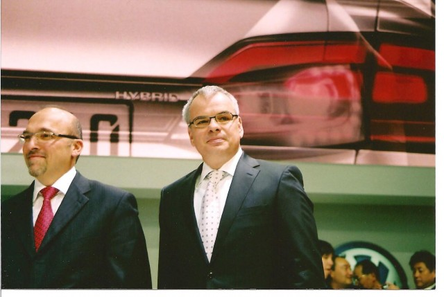 VWoA CEO Jacoby (right) VW's sales chief Christian Klinger (left)