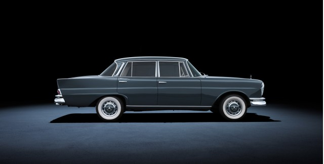 W111 Mercedes-Benz 220 SE (1959 to 1965)