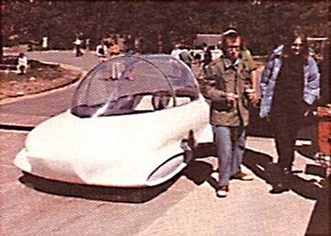 Woody Allen Bubble Car