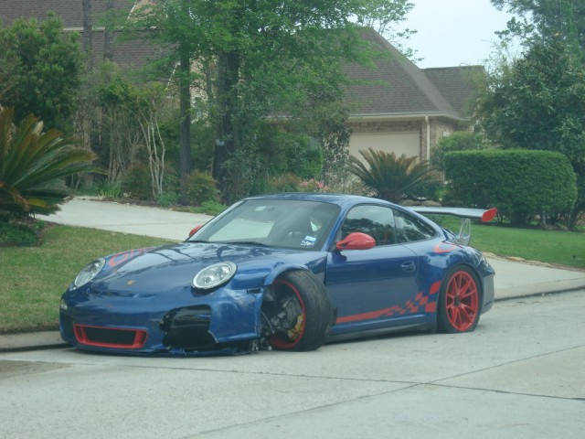 Wrecked Porsche 911 GT3 RS in Texas