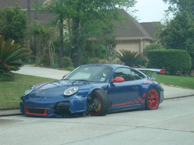 Wrecked Porsche 911 GT3 RS in Texas