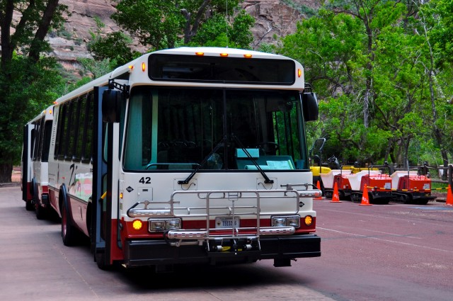 Zion National Park shuttle bus by Flickr user faungg's photos (Used under CC License)