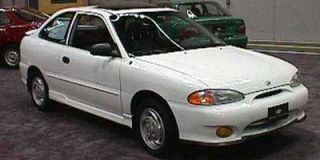1998 Hyundai Accent Photo