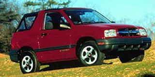 1999 Chevrolet Tracker Photo