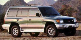 1999 Mitsubishi Montero Photo