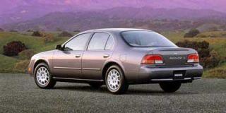 1999 Nissan Maxima Photo