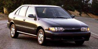 1999 Nissan Sentra Photo