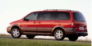 1999 Pontiac Montana Photo