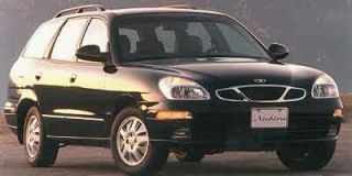 2000 Daewoo Nubira Photo