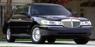 2000 Lincoln Town Car Photo