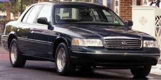 2001 Ford Crown Victoria Photo