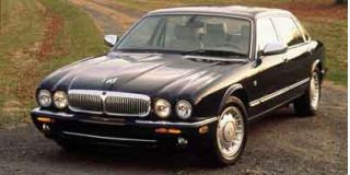 2001 Jaguar XJ Photo