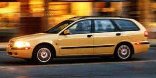 2001 Volvo V40 Photo
