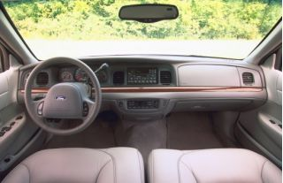 2001 Ford Crown Victoria Interior