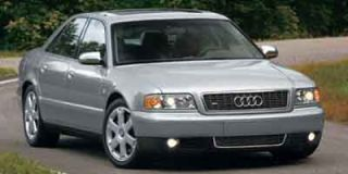 2002 Audi S8 Photo
