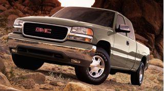 2002 GMC Sierra Denali Photo