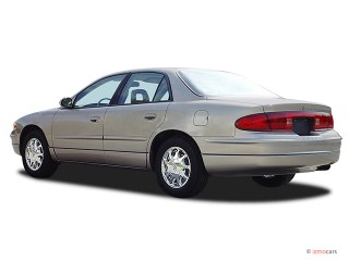 2003 Buick Regal Photo