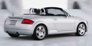 2004 Audi TT Photo