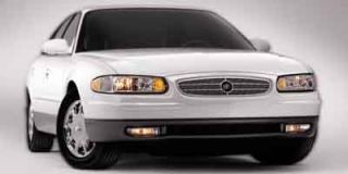 2004 Buick Regal Photo