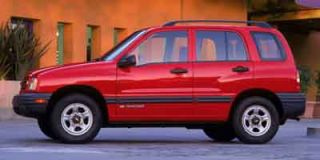 2004 Chevrolet Tracker Photo