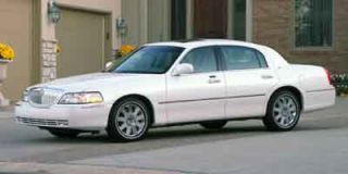 2004 Lincoln Town Car Photo