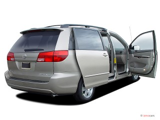 2004 Toyota Sienna Photo