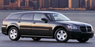 2005 Dodge Magnum Photo