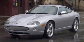2005 Jaguar XK8 Photo