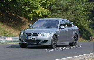 2005 BMW M5 Photo