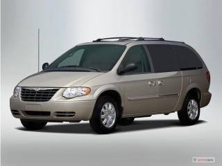 2007 Chrysler Town & Country LWB Photo