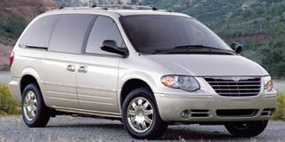 2007 Chrysler Town & Country SWB Photo
