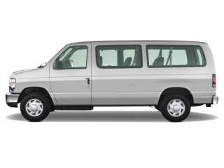 2008 Ford Econoline Wagon Photo