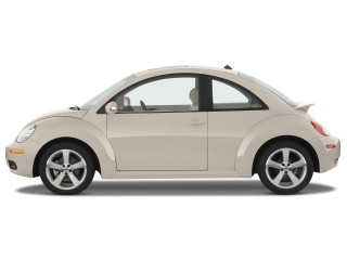 2008 Volkswagen New Beetle Coupe Photo