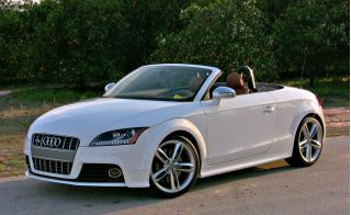 2010 Audi TT Photo