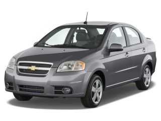 Angular Front Exterior View - 2009 Chevrolet Aveo 4-door Sedan LT w/1LT