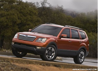 2009 kia borrego motorauthority 005