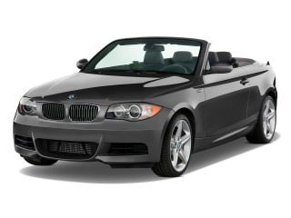 2010 BMW 1-Series 2-door Convertible 135i Angular Front Exterior View