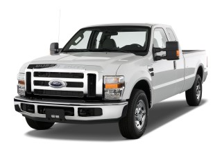 "2010 Ford Super Duty F-250 2WD SuperCab 142"" XLT Angular Front Exterior View"